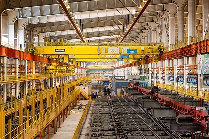 Conveyor line at Chelyabinsk Metallurgical Plant's universal rolling mill